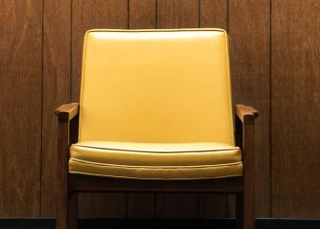 yellow_chair.jpg
