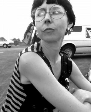 Dr Elena Knox
