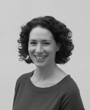 Dr Lizzie Muller