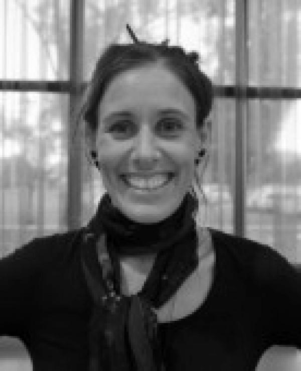 Dr Lisa Stefanoff