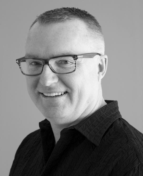 Dr Mark Ian Jones